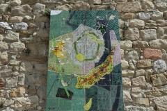"""Cadran solaire """"Le Piton et sa couronne vert et or"""" de Georges Gœtz"""