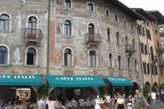 Piazza del Duomo, maisons Cazuffi-Rella