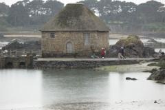 Bréhat : moulin à marée du Birlot et ses vannes