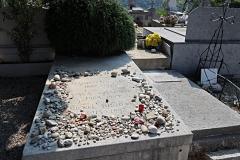 ...où est enterré Marc Chagall, entre autres.